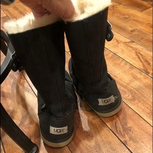 UGG black girls boots with buckle